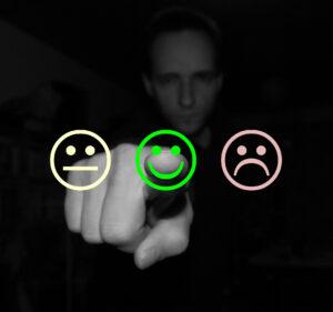 KS-Konsulenten_peger_glad_smiley